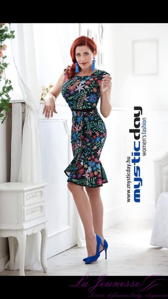 3ac1123166 Kötős Dina ruha | La Jeunesse
